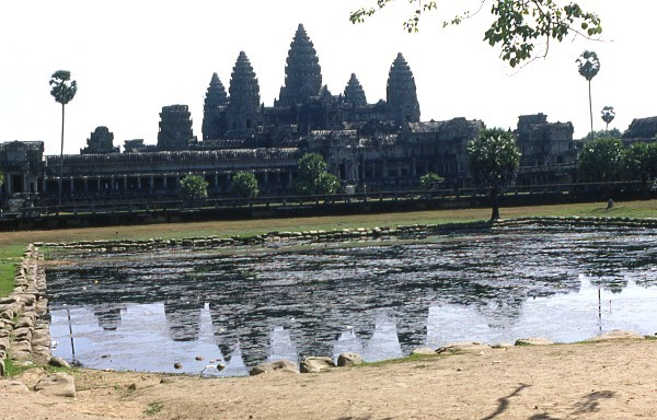 CAMBODGE - Remple d'Angkor Vat